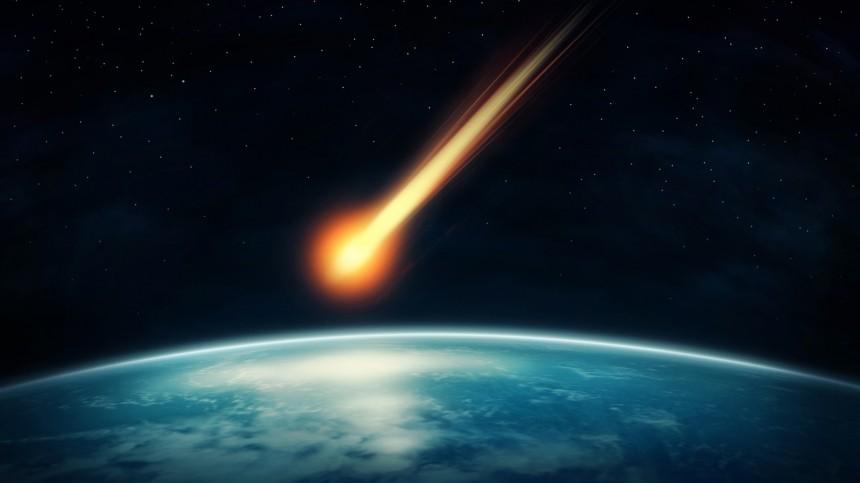 Комета вшесть раз больше спутника Марса приближается кСолнцу