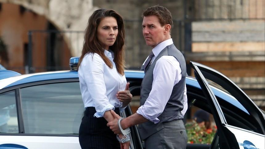 Том Круз иХейли Этвелл расстались, нопродолжают снимать «Миссия: невыполнима7»