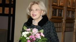 Садальский показал фото Максаковой вбикини веедень рождения: «Сколько крови тывыпила»