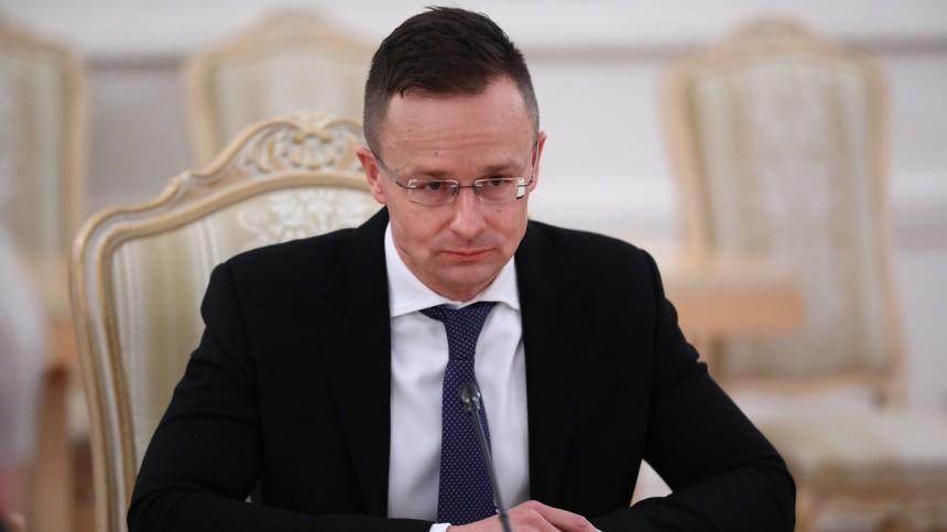 Дипломатический транзит: МИД Украины вызвал посла Венгрии из-за контракта сРФ