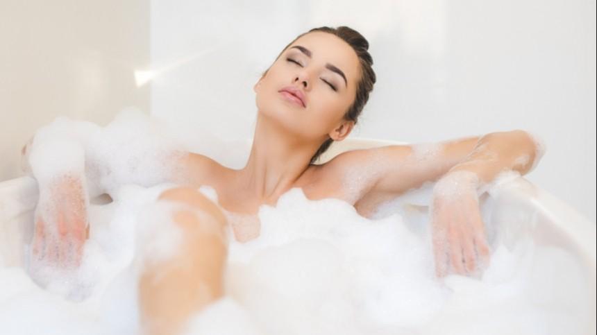 Малышева назвала главную опасность приема ванны для женщин
