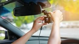 Как выбрать видеорегистратор для автомобиля инепереплатить?