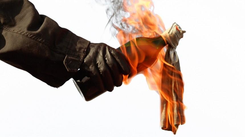 Момент поджога здания правительства Мурманской области попал навидео