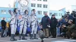 Прямая трансляция старта с«Байконура» ракеты «Союз-2.1а» с«киноэкипажем» кМКС