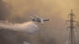 Лесные пожары стремительно распространяются наюго-западе Турции