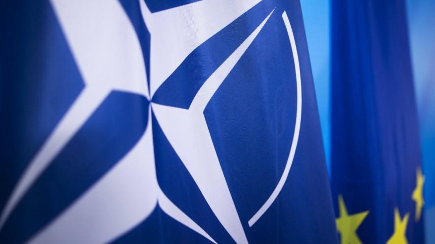 Впостпредстве России при НАТО отказались комментировать высылку дипломатов РФ