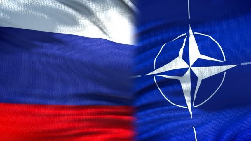 Бесцеремонность илицемерие: Захарова ответила насокращение миссии РФпри НАТО