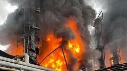 Огненный факел: Взрыв нагазоперерабатывающем заводе прогремел вАмурской области