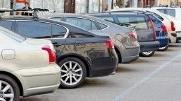 Парковки вцентре Петербурга стали бесплатными повесьма необычной причине
