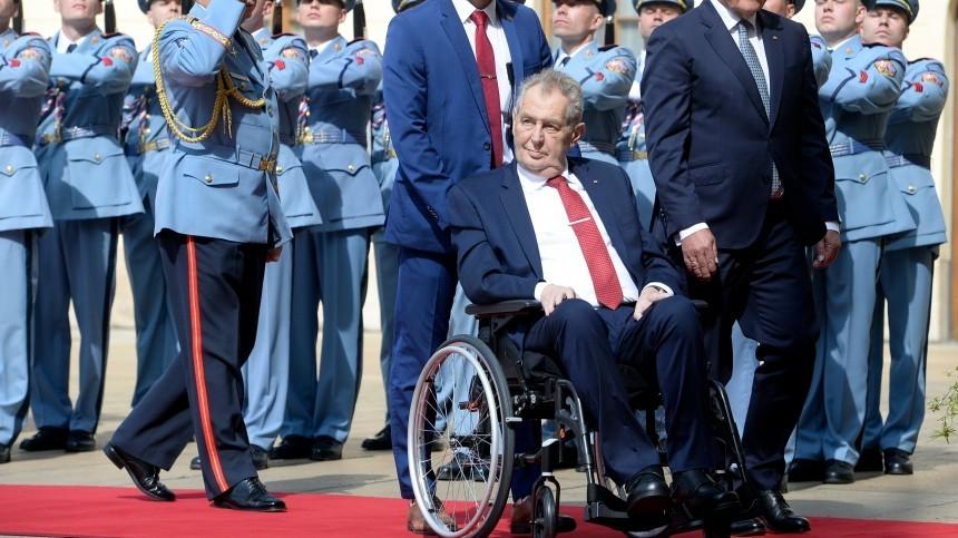 Президент Чехии Милош Земан попал впалату интенсивной терапии