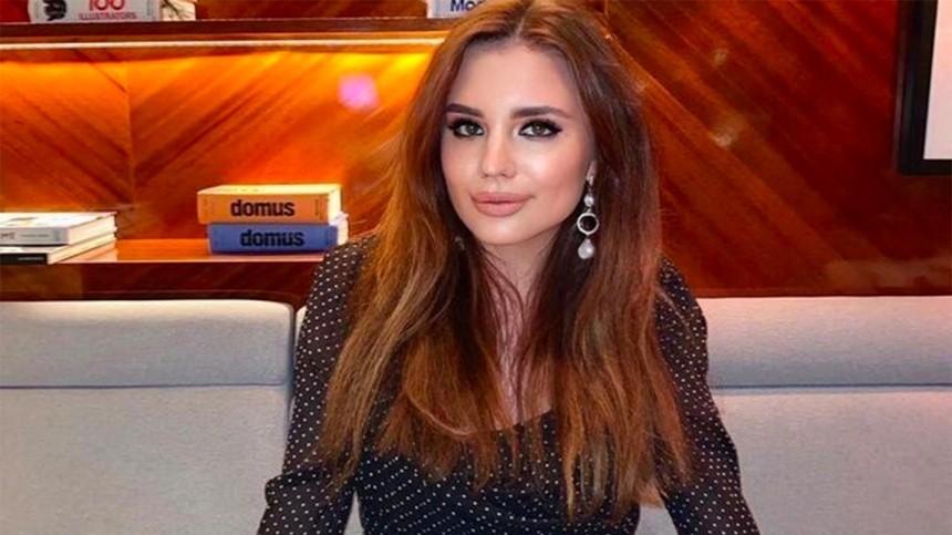 Таскали заволосы: Дочь Маши Распутиной подралась сбратом впрямом эфире