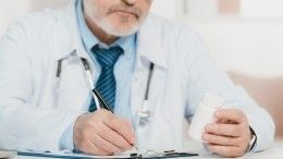 Мурашко призвал медиков старшего возраста вакцинироваться ивернуться кработе