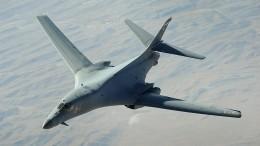 Российский истребитель сопроводил над Японским морем бомбардировщик США