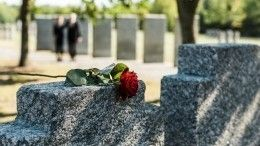 Экстрасенс рассказал, чем опасно посещение кладбища икак защитить себя