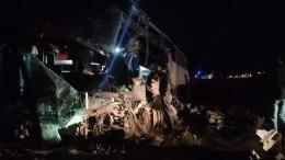 Число погибших вДТП савтобусом иКАМАЗом вКалмыкии возросло дошести